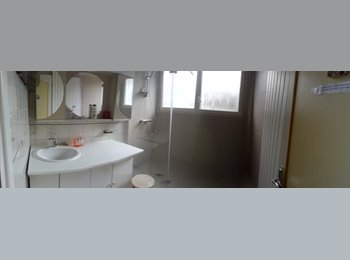 Appartager FR - location chambre meublée, Écully - 350 € /Mois