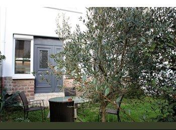 Appartager FR - Biarritz plage et centre ville à pied appartement avec jardin, Biarritz - 400 € /Mois