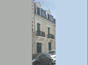 Appartager FR - Maison Tours centre, Tours - 350 € /Mois