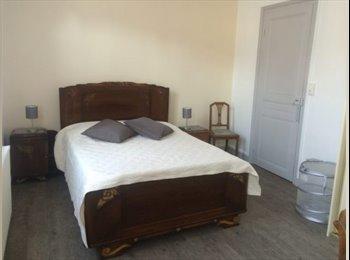 Appartager FR - Grande chambre dans une amiénoise rénovée., Amiens - 410 € /Mois