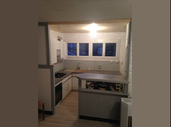Appartager FR - Appartement ouvert à la collocation, Rivery - 250 € /Mois