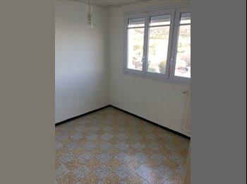Appartager FR - Une chambre bien sympathique!, Toulon - 400 € /Mois