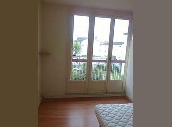 Appartager FR - chambre en colocation dans un appartement à st ouen l'aumone, Saint-Ouen-l'Aumône - 300 € /Mois