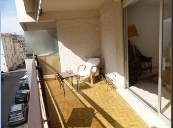 Appartager FR - Colocation, Nîmes - 450 € /Mois
