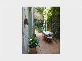 Appartager FR - Chambre 19M² dans T2 meublé + cour privée (Avignon IM), Avignon - 420 € /Mois