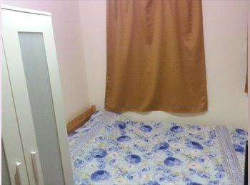 EasyRoommate HK - W.A.N.C.H.A.I  room ---- WANCHAI room , Wan Chai - HKD6,200 pcm