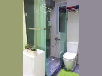 EasyRoommate HK - En suit double room , Room 301, Sheung Wan - HKD14,800 pcm