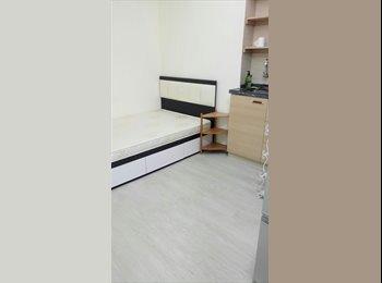 EasyRoommate HK - Nice Studio Room with lift , Sai Ying Pun - HKD7,000 pcm
