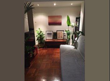 EasyRoommate HK - Nice size room in cosy apartment in  Soho, Central - HKD10,000 pcm