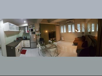 EasyRoommate HK - Beautiful one bed room apartment in the heart of Central, Central - HKD23,000 pcm