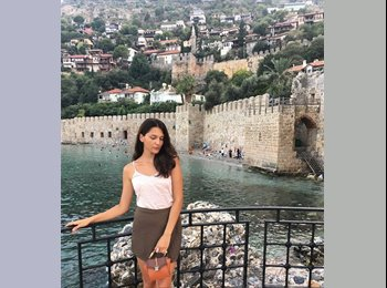 EasyRoommate HK - Sabina - 20 - Sai Ying Pun