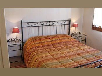 EasyStanza IT - Mini, camere con bagno privato- Treviso città, Treviso - € 350 al mese