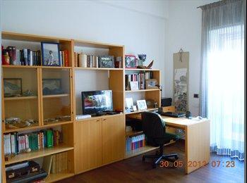 EasyStanza IT - Camera per persone referenziate, Balduina-Montemario - € 700 al mese