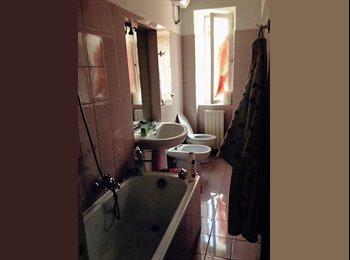EasyStanza IT - APPENA LIBERA /NICE ROOM IN THE CITY CENTRE /APPENA LIBERA, Macerata - € 250 al mese
