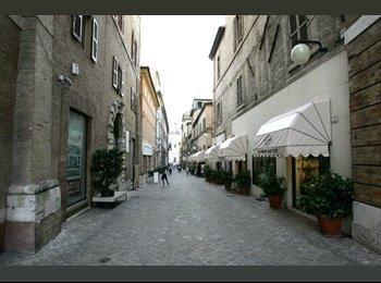 EasyStanza IT - affitto appartamento corso Repubblica , Macerata - € 250 al mese