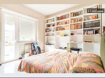 EasyStanza IT - ampio, luminoso e silenzioso appartamento, Balduina-Montemario - € 500 al mese