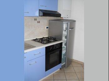 EasyStanza IT - Bilocale C4, Forlì - € 480 al mese