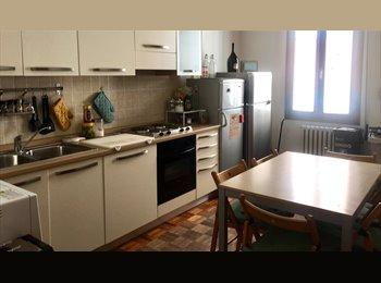 EasyStanza IT - CAMERA SINGOLA IN  CENTRO (ZONA UNIVERSITARIA), Forlì - € 280 al mese