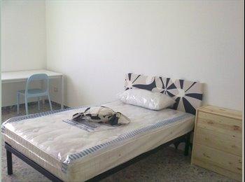 EasyStanza IT - Affitto stanze per studentesse, Pescara - € 240 al mese