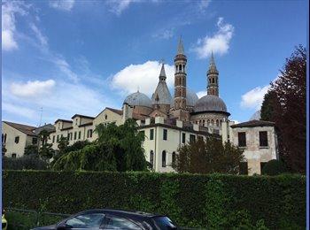EasyStanza IT - Cerchiamo 2 Studentesse Universitarie, Padova - € 230 al mese