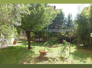 EasyStanza IT - Quartiere Parioli: Ampia Stanza Singola, Parioli-Pinciano - € 600 al mese