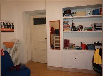 EasyStanza IT - Singola comoda con balcone, Bologna-Nomentano - € 460 al mese