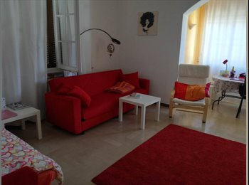 EasyStanza IT - Stanza ampia in bell'appartamento vicino al centro di Rimini  , Rimini - € 330 al mese