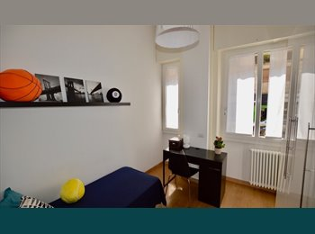 EasyStanza IT - Centralissima stanza Singola adiacenze POLITECNICO e CITTÀ STUDI, Milano Centro - € 550 al mese