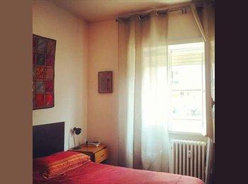 EasyStanza IT - Ampia e luminosa camera singola via Nomentana, Bologna-Nomentano - € 400 al mese