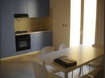 EasyStanza IT - Appartemento C2, Forlì - € 720 al mese