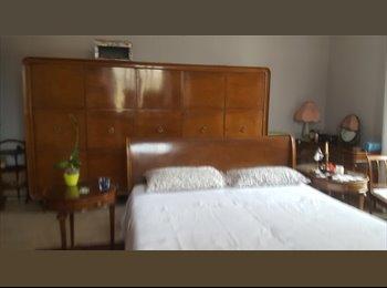 EasyStanza IT - Grande stanza dal 15 luglio al 31 agosto, Salario-Trieste - € 600 al mese