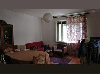 EasyStanza IT - STANZA DOPPIA IN VIA MORGAGNI, Padova - € 210 al mese