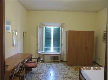 EasyStanza IT - AFFITTO IN ANCONA DUE STANZE A DUE STUDENTESSE, Ancona - € 250 al mese