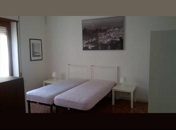 EasyStanza IT - Ampia e luminosa singola (possibile doppia) bagno privato e balcone, Casilino Prenestino - € 450 al mese