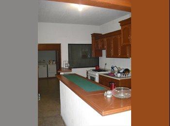 CompartoDepa MX - CUARTO DISPONIBLE PARA CHAVAS, San Pedro Garza García - MX$3,300 por mes