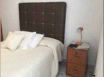 CompartoDepa MX - RENTO CUARTO AMUEBLADO EN LA ESTANCIA CON BAÑO, Zapopan - MX$3,600 por mes