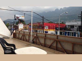 CompartoDepa MX - Cuarto Amplio en Departamento San Pedro, San Pedro Garza García - MX$3,500 por mes
