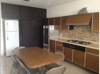 CompartoDepa MX - Renta  Habitaciones Amuebladas en Andrade, León - MX$1,900 por mes
