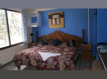 CompartoDepa MX - Habitacion amueblada cama matrimomial, Xalapa - MX$2,500 por mes