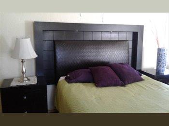 CompartoDepa MX - Cuarto estudio con baño privado, Ensenada - MX$3,500 por mes