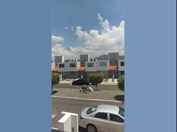 CompartoDepa MX - SE RENTA CASA COMPLETAMENTE AMUEBLADA-PROFESIONISTAS O ESTUDIANTES, Querétaro - MX$7,000 por mes