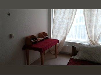 EasyKamer NL - Kamer in Den Haag gezocht, Rijswijk - € 200 p.m.