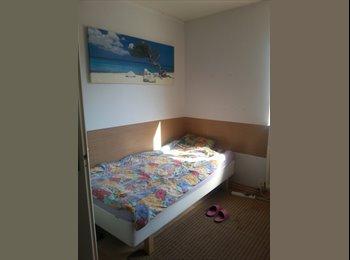 EasyKamer NL - leuke  kamer /nice room to rent, Hoofddorp - € 410 p.m.