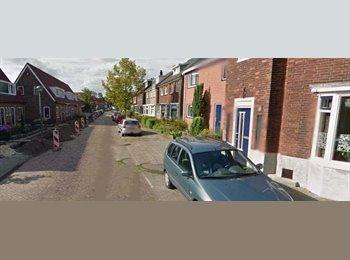 EasyKamer NL - Te huur lichte kamer €298,-., Enschede - € 298 p.m.
