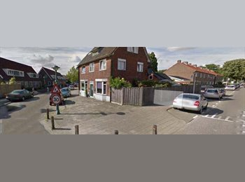 EasyKamer NL - Te huur ruime zolderkamer Enschede €350,-., Enschede - € 350 p.m.