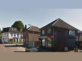EasyKamer NL - Te huur gemeubileerde kamer in Hengelo €325,- All-in, Hengelo - € 325 p.m.