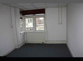 EasyKamer NL - Te huur kamer nabij het centrum van Hengelo €350,- All-in, Hengelo - € 350 p.m.
