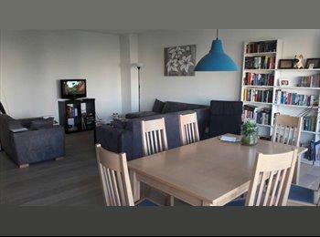 EasyKamer NL - Ruim appartement zoekt 3e huisgenoot!, Amstelveen - € 635 p.m.