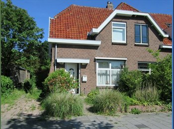 EasyKamer NL - Fully equipped guesthouse in the Bio Science Park Leiden, Leiden - € 450 p.m.