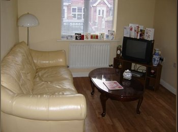 EasyRoommate UK -  room to let in a nice semi-detached house, Hulme - £342 pcm